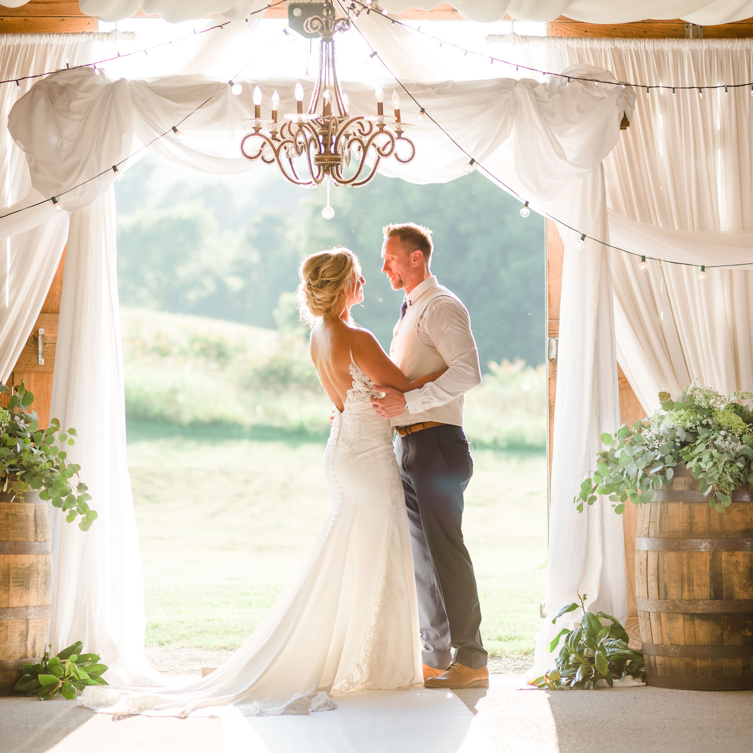 Top Chattanooga wedding photographers